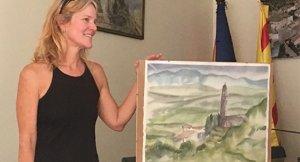 Emily Wilson, amb el quadre guanyador.