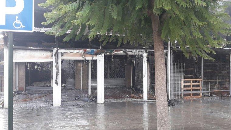 Estat en què ha quedat l'establiment després del foc.