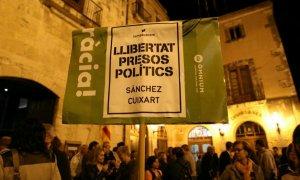 Una de les concentracions a la plaça Vella del Vendrell.