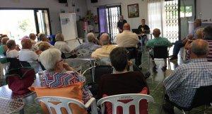 Una de les reunions del pressupost participatiu de la Bisbal.