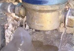 Les baixes temperatures poden causar problemes a les instal·lacions d'aigua.