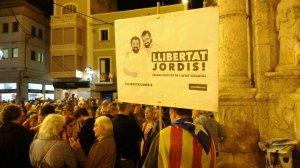 Una de les concentracions a la plaça Vella demanant la llibertat dels Jordis.