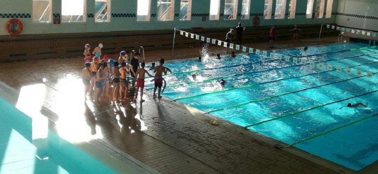 Totes les escoles del Vendrell ja ofereixen cursos de natació.