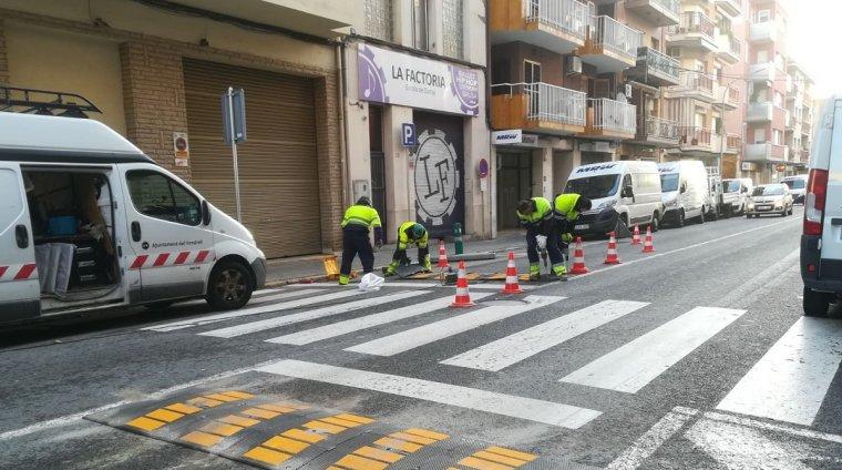 Els nous reductors de velocitat que s'han posat a l'avinguda de Sant Vicenç.