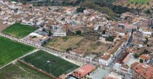 Imatge aèria del Poliesportiu Municipal de la Bisbal.