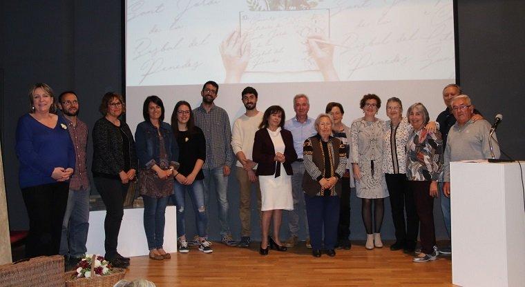 Els guanyadors del Certamen Literari de la Bisbal 2018.