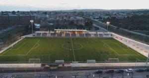 El remodelat camp de futbol de Calafell.