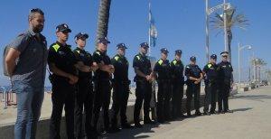 El reforç policial de deu agents que hi ha a les platges del Vendrell a l'estiu.