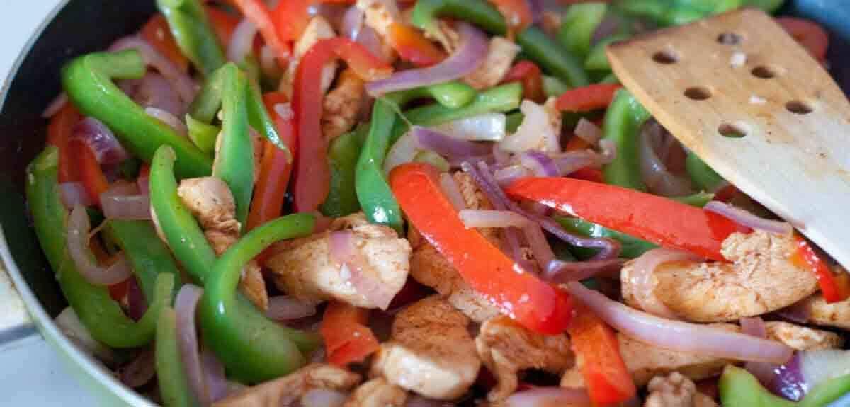 como hacer pollo guisado para dietas