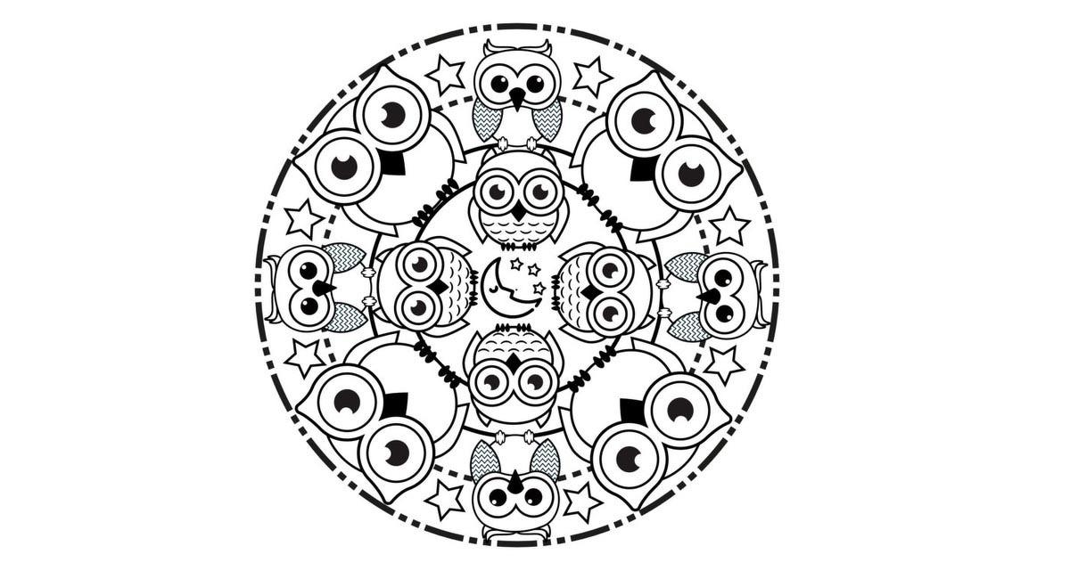 Mandala para colorear para niños, con buos y una luna al medio.