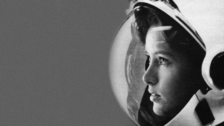 Anna Fisher, la primera madre en el espacio.