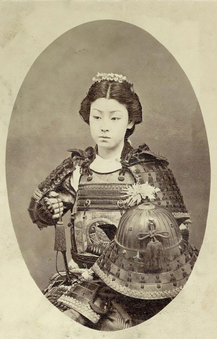 Imagen de una Onna bugeisha, las mujeres samurai.