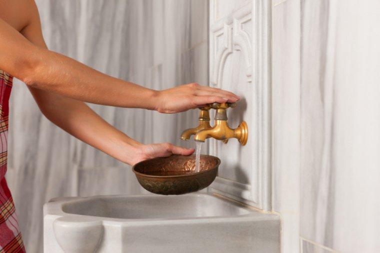 Los pequeños gestos son los que nos ayudan a reducir grandes cantidades de agua.