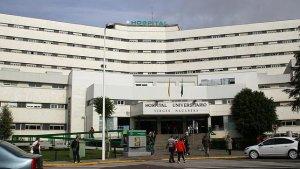 El Hospital Universitario Virgen Macarena de Sevilla, donde acudió la mujer embarazada