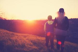 Estas son las cualidades que te convierten en una auténtica mamá Géminis: una madre a la última