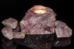Cuarzo rosa: significado, propiedades curativas y usos en gemoterapia