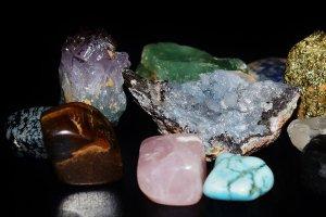 ¿Qué es la gemoterapia? Beneficios, usos de las gemas y mucho más