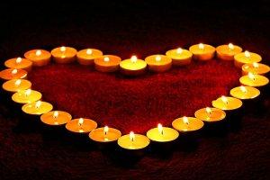 4 hechizos de amor y rituales de magia blanca para enamorar en San Valentín