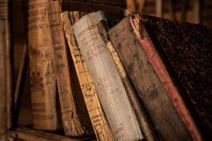 El único libro que se conserva de Nicolas Flamel es ' 'El libro de las figuras jeroglíficas'