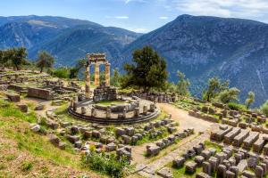 El oráculo de Delfos, sobre el cual tenía el patronazgo el dios Apolo