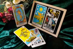 El significado del arcano el Mago (I) varía según sea tirada de amor, dinero o salud