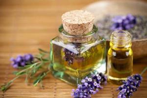 Los aceites esenciales de salvia son solo una forma de aprovechar sus propiedades