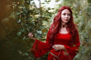 Un fotograma de la serie Juego de Tronos donde aparece el personaje de Melissandre