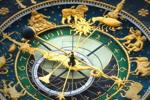 Descendente astral ¿Cómo influye tu signo descendente en tu personalidad?