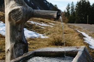 ¿Qué es un zahorí? Cómo buscar agua usando varillas de radiestesia
