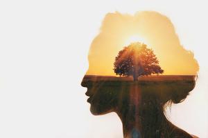 Deepak Chopra y su reto de meditación de 21 días para la abundancia