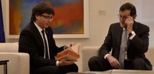 Puigdemont i Rajoy, a la reunió d'ahir.