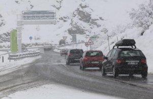 Activats avisos per neu a cotes baixes a 21 comarques catalanes