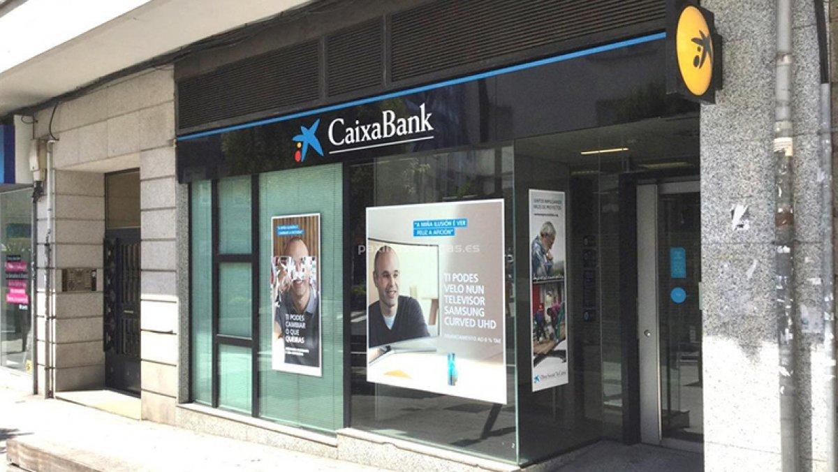 Busquen un lladre que ha assaltat una oficina de caixabank for Oficina i arxiu