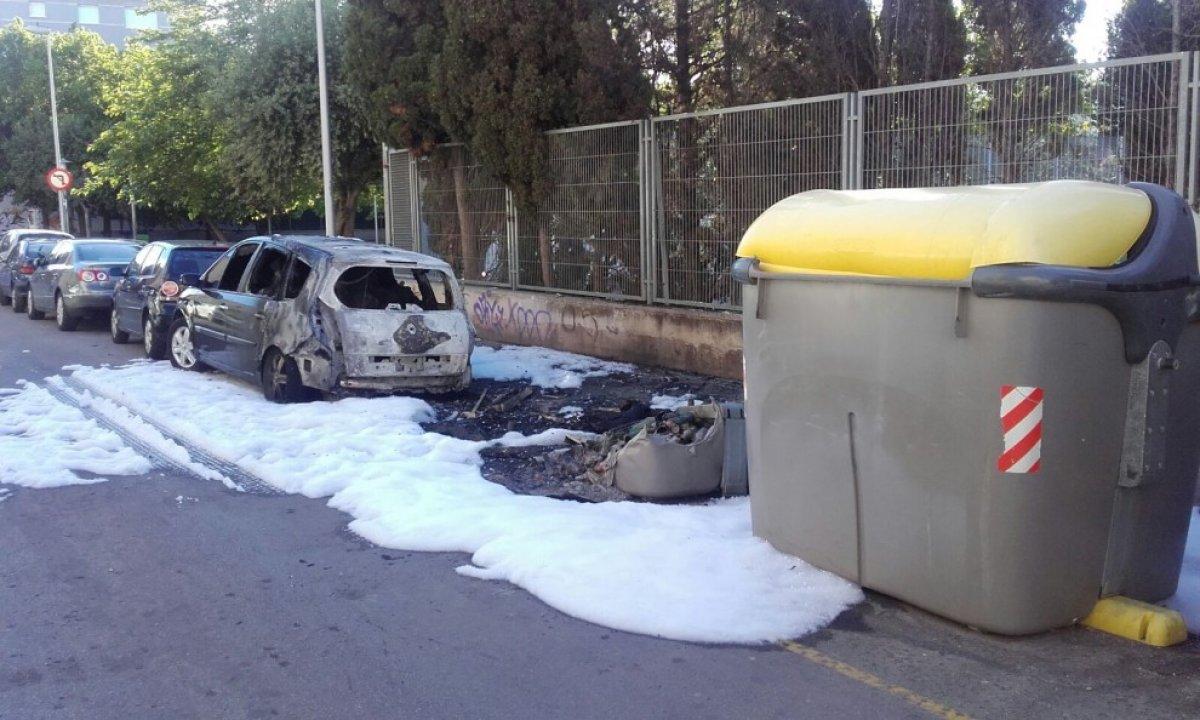 Dos joves detinguts per cremar contenidors a vilanova i la - Muebles vilanova i la geltru ...