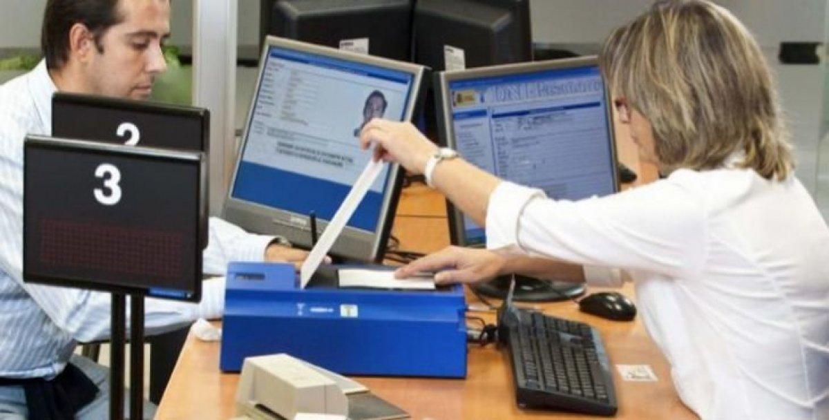 Ya no puedes hacer ni renovar el dni sin solicitar cita previa for Oficinas para renovar dni