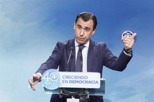 Fernando Martínez-Maillo, en una roda de premsa a la seu del PP