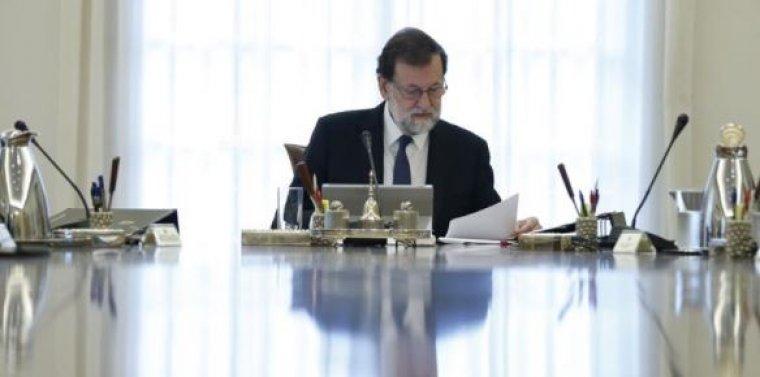 Imatge de Rajoy al consell de ministres