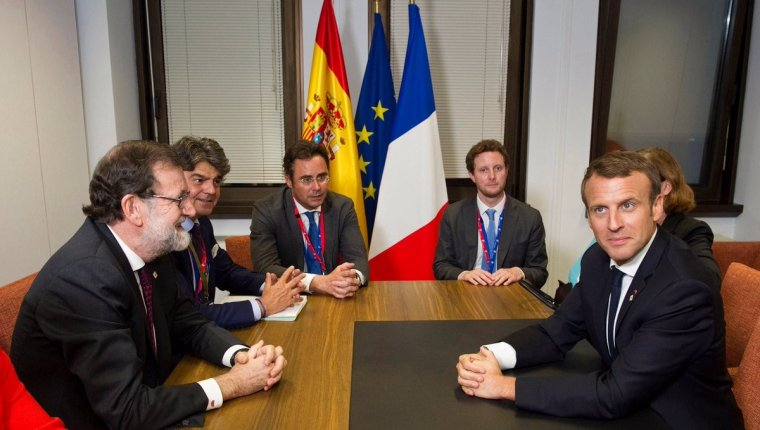 Mariano Rajoy durant la seva reunió amb el president de França, Emmanuel Macron.
