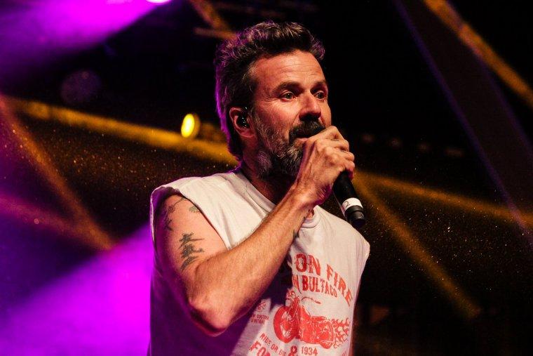 El cantant de Jarabe de Palo, Pau Donés, durant el CanetRock 2017