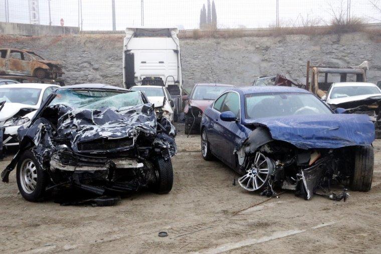Dos dels vehicles implicats en l'accident mortal de Torelló