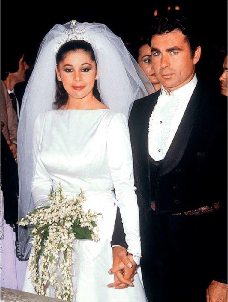 Chabelita confiesa que quiere una boda tradicional en for Boda en jardin vestidos