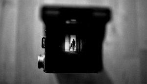 Algunes pel·lícules vivien les seves històries de por darrera les càmeres