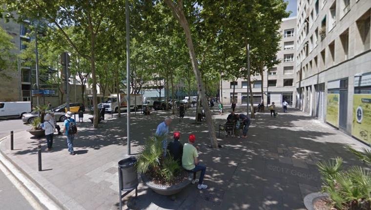 Imatge de la plaça de Pere Coromines, al Raval de Barcelona.