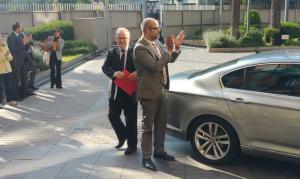 Brauli Duart i el conseller Miquel Buch arribant a la seu d'Interior.