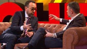 Santi Vila parlant amb Risto Mejide a 'Chester'