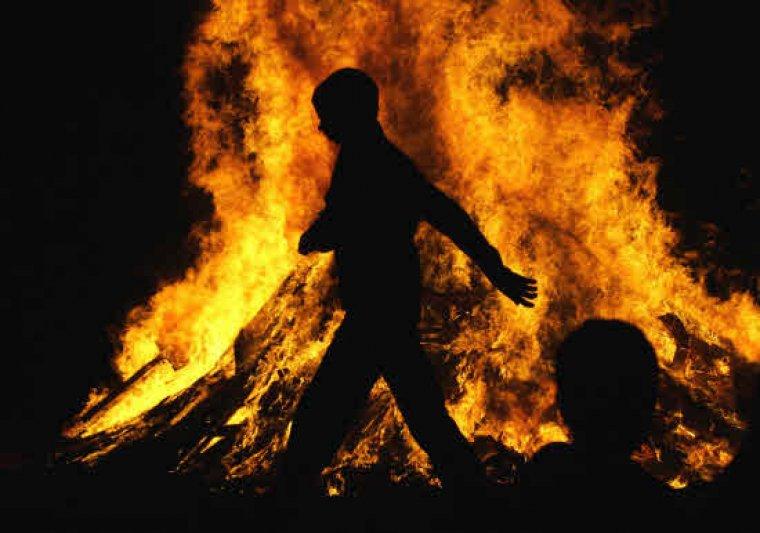 Les fogueres de Sant Joan es podran encendre sense por a la pluja