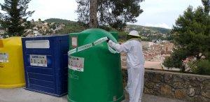 Imatge del precinte del contenidor on s'ha trobat el niu de vespa asiàtica