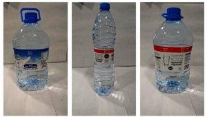 Les ampolles d'aigua de la marca Eroski, en arxiu