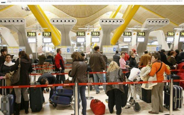 Els aeroports de l'Estat podrien fer vaga els primers dies d'agost