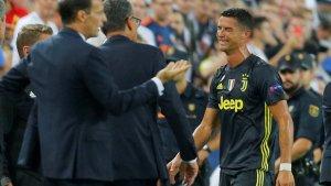 Cristiano Ronaldo plorant en ser expulsat